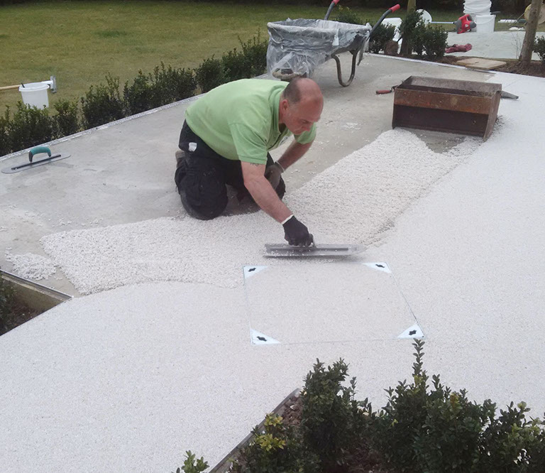 Laying the Resin Bound aggregate