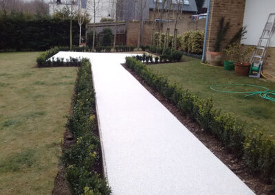 Sussex UK – White Marble Resin Paving